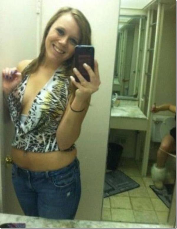 selfie in a toilet